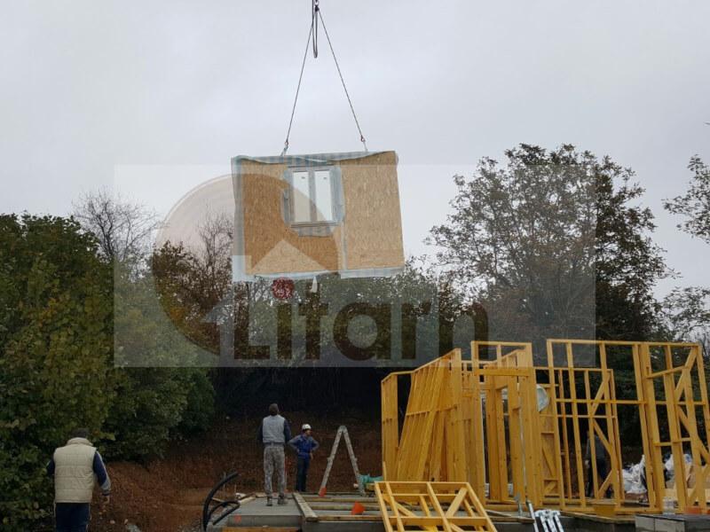 Casa de lemn paludo
