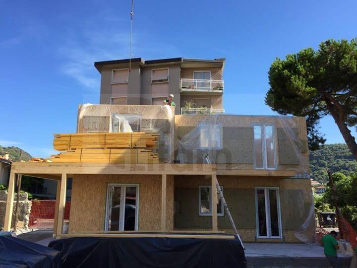 Casa de lemn vallecrosia